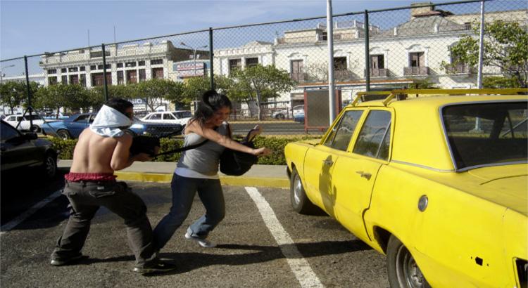 ¿Un robo con violencia producido al ir o al volver del trabajo es accidente de trabajo?